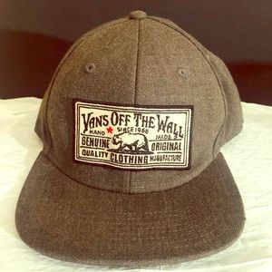 Vans Off The Wall Hand Made Gray Hat